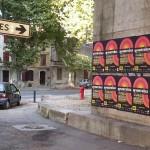 Affichage sauvage à Arles pour le festival Acontraluz