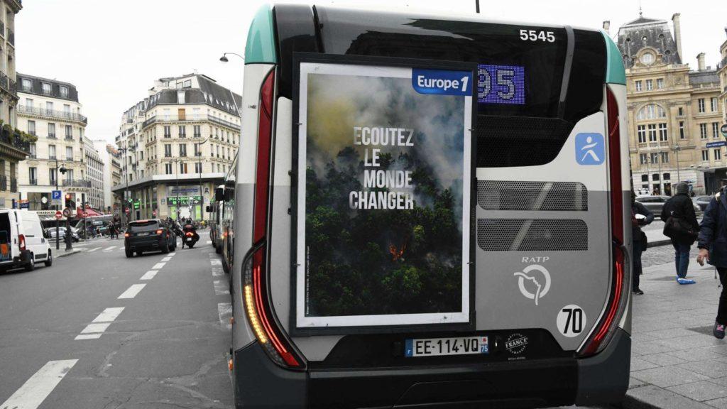Publicité bus RATP affiche arrière au format capitale